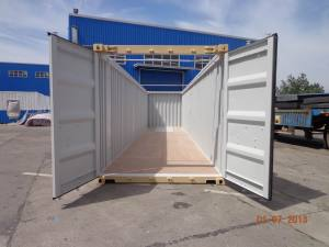 open-side-shipping-container-doors-open